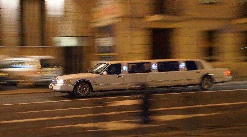 модели на лимузини